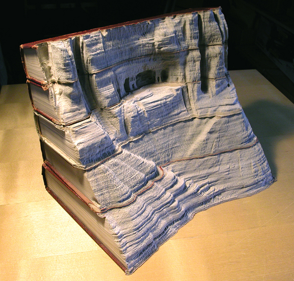 book16 The Art of Book Carving