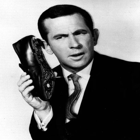 boffin cobbles together shoe phone