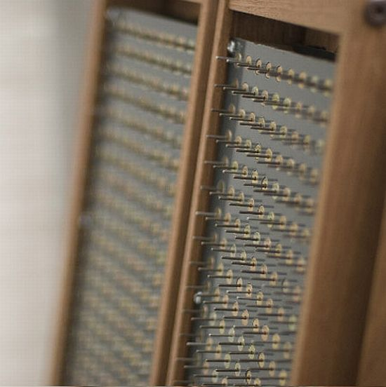 chair left close up T8usM 1333