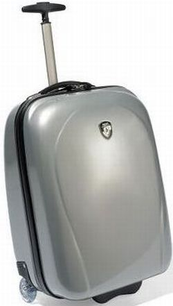 lightest rolling carry on