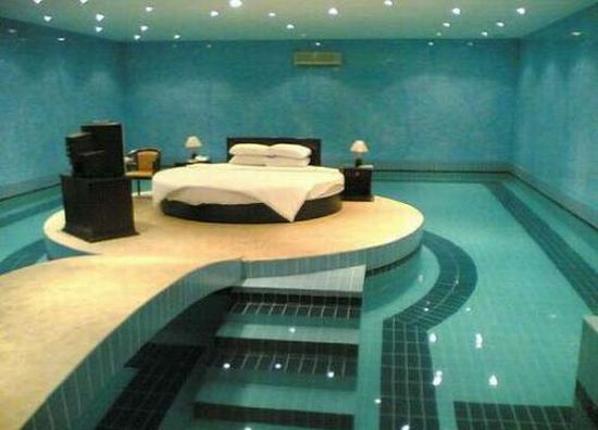 Coolest pic of the day – Michael Phelps bedroom