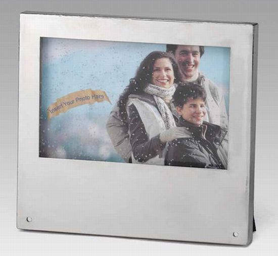 really snowing photo frame