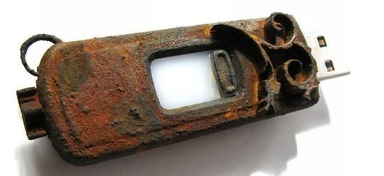 rusted steampunk usb drive