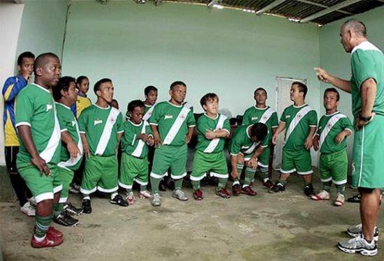 small soccer team1 x1Jgd 6648