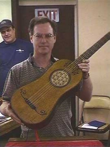 worlds oldest guitar1