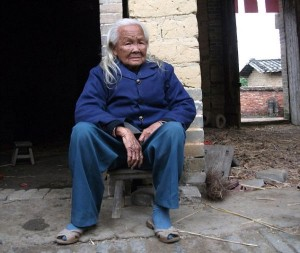 Woman Climbs Out of Coffin After Being 'Dead' for 6 Days, Liulou Village, Beiliu, Guangxi Province, China - 26 Feb 2012