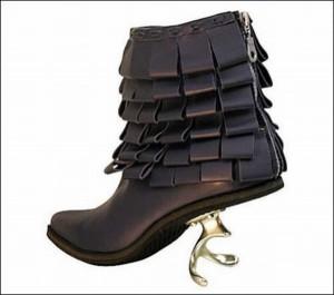 center heel corkscrew shoe