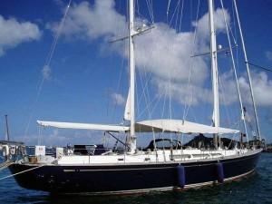 crewed-mega-yachts