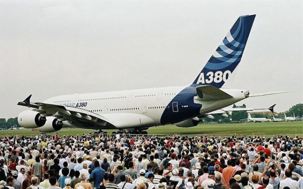 Airbus A380 700 – 525 seats