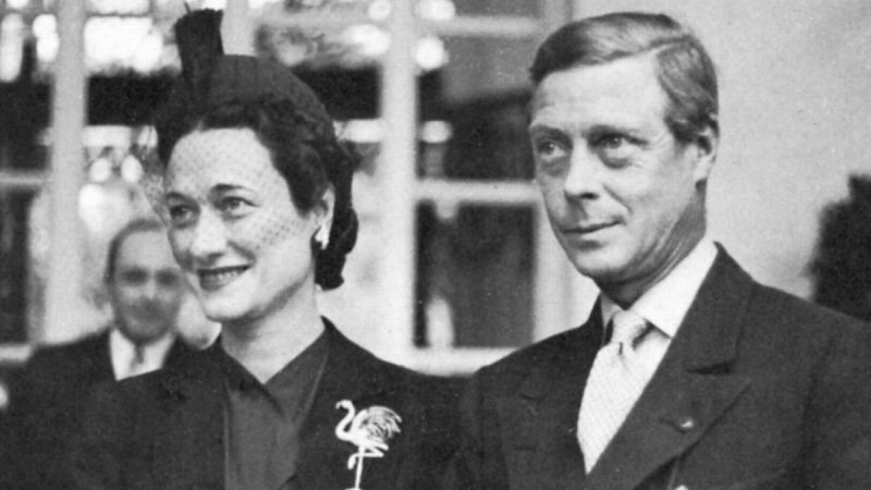 King Edward VIII fell in love with Wallis Simpson