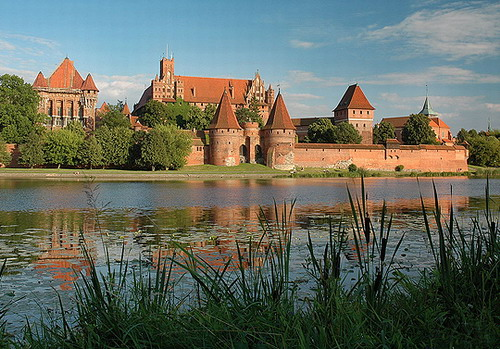 Malbork Castle Top 10 Castles and Palaces around the world