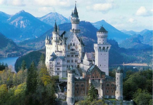 Neuschwanstein Castle Top 10 Castles and Palaces around the world